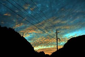 朝焼けの雲が即、早変わり !!